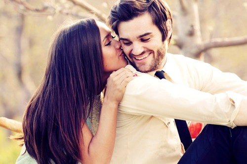 kiss-couple-romance-touch-feeling-happy-hug-embrace-love-beautiful-camila-lima-anas-ahmed3